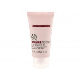 Hidratante Facial SPF15 Vitamina E The Body Shop - Envío Gratuito
